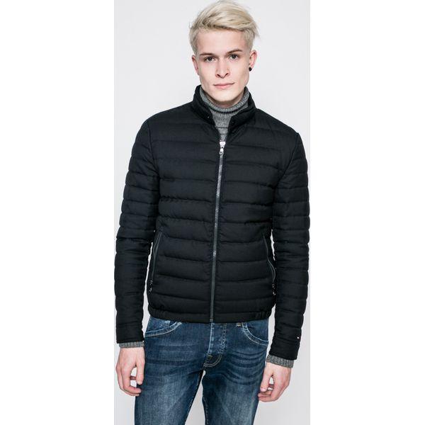 7c13703a068be Tommy Hilfiger - Kurtka puchowa - Czarne kurtki męskie marki Tommy Hilfiger,  z materiału, z krótkim rękawem. W wyprzedaży za 899.90 zł.