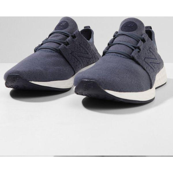 New Balance FRESH FOAM CRUZ Obuwie do biegania treningowe light blue