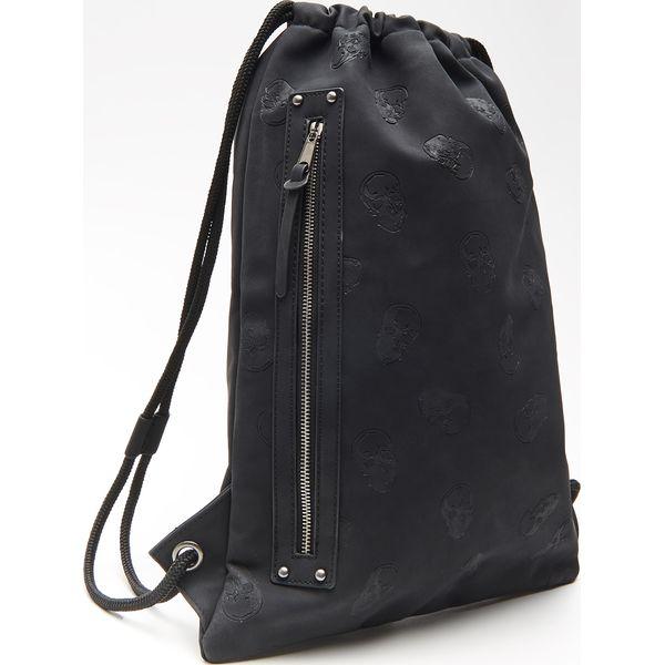 1c68c8b3 Plecak typu worek - Czarny