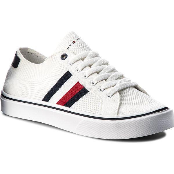 84d20615ebcce Tenisówki TOMMY HILFIGER - Lightweight Corporate Sneaker FM0FM01619 ...