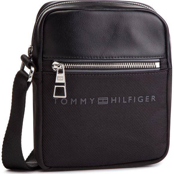 74e653f45bad6 Saszetka TOMMY HILFIGER - Urban Novelty Mini Reporter AM0AM04248 002 ...