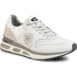 Białe sneakersy bez wzorów, kolekcja wiosna 2020