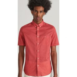ea6a0db56fdce9 Koszula z drobnym wzorem - Różowy. Czerwone koszule męskie Reserved, m, bez  wzorów