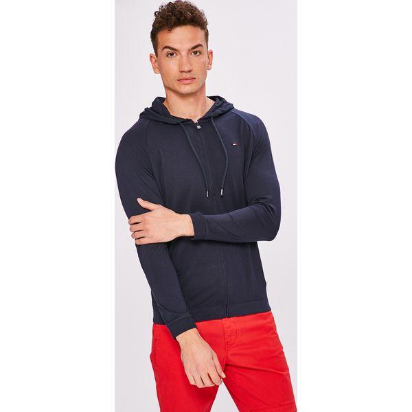 d0a52ff56fbc9 Tommy Hilfiger - Bluza - Bluzy z kapturem męskie marki Tommy Hilfiger. W wyprzedaży  za 229.90 zł. - Bluzy z kapturem męskie - Bluzy i swetry męskie - Odzież ...