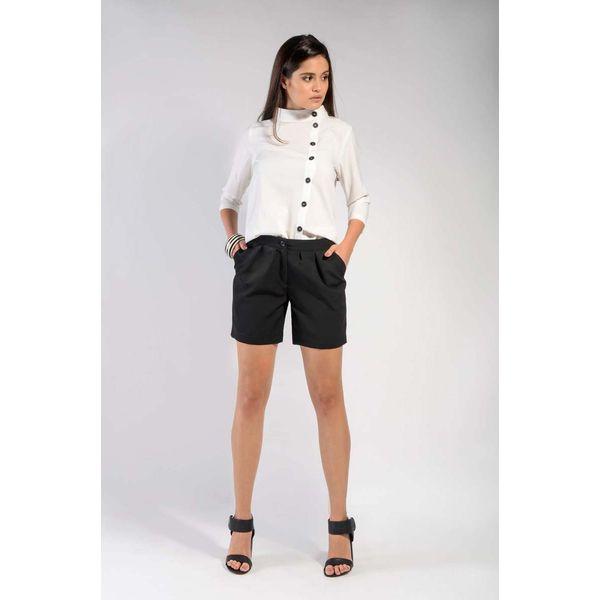 czarne spodnie z materiału krutkie