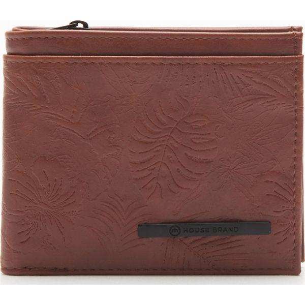 b7beaba329042 Portfel z ozdobnym tłoczeniem - Brązowy - Brązowe portfele męskie ...