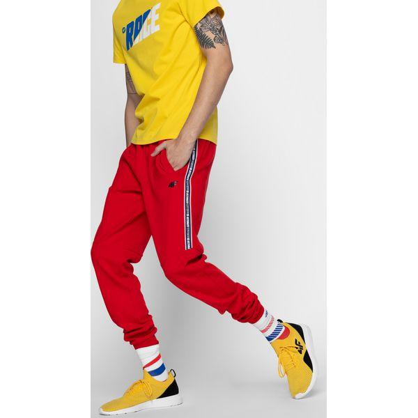d4faf526e Spodnie dresowe męskie SPMD209A - czerwony - Spodnie dresowe męskie 4f. Za  159.99 zł. - Spodnie dresowe męskie - Spodnie i szorty męskie - Odzież męska  ...