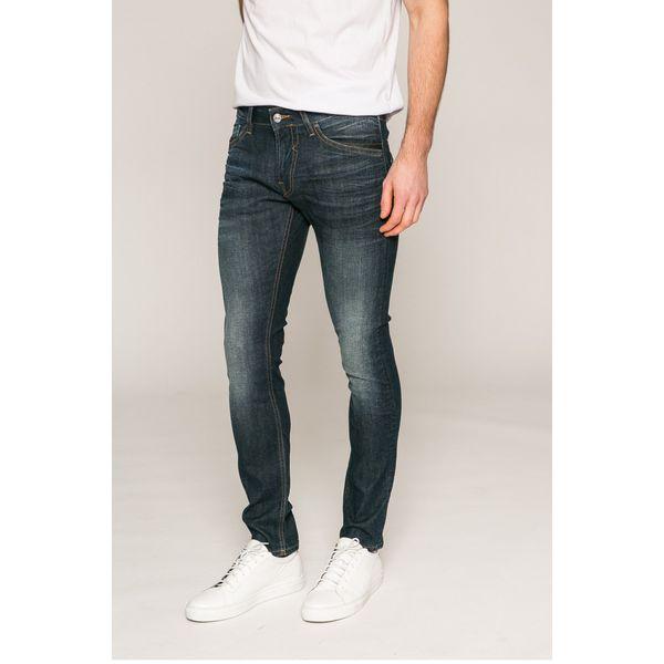 8e0dcdd9d487a Guess Jeans - Jeansy Miami - Jeansy męskie marki Guess Jeans. W ...